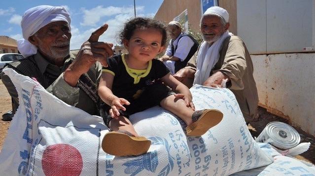 مساعدات إنسانية لـ 15 ألف نازح في ليبيا و عودة 5 آلاف عائلة إلى سرت