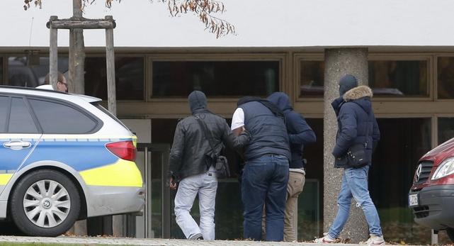 اعتقال لاجئ سوري في ألمانيا بحوزته مواد لصنع قنابل