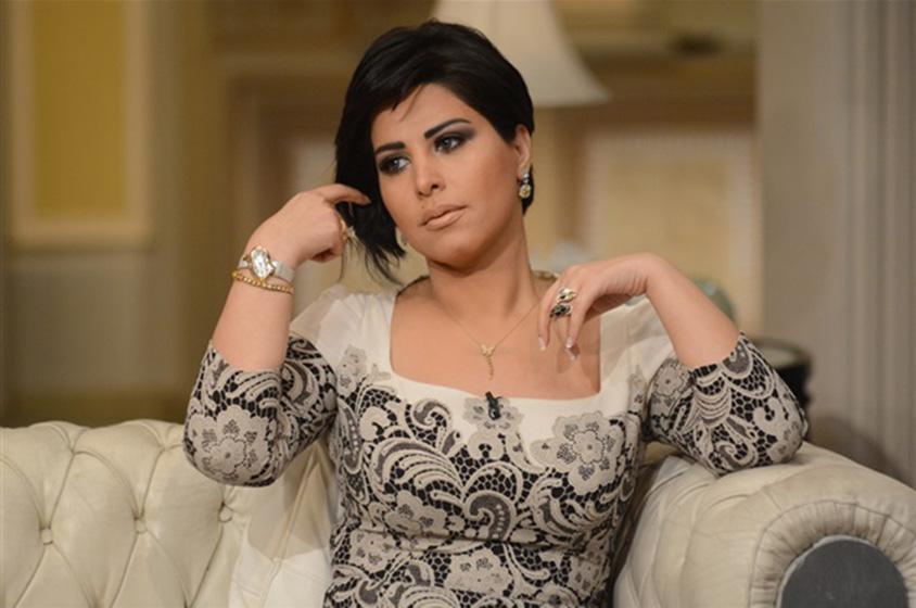 فنانة كويتية تنتهي من تسجيل اغنيتها الجديدة