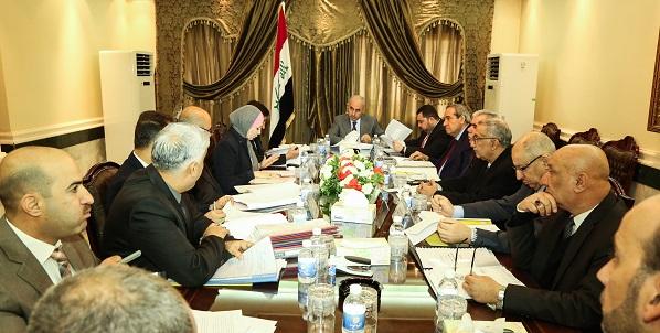 اللجنة الاقتصادية الوزارية العراقية تمنع استيراد بعض الادوية وتوافق على صيانة مجسر محمد القاسم