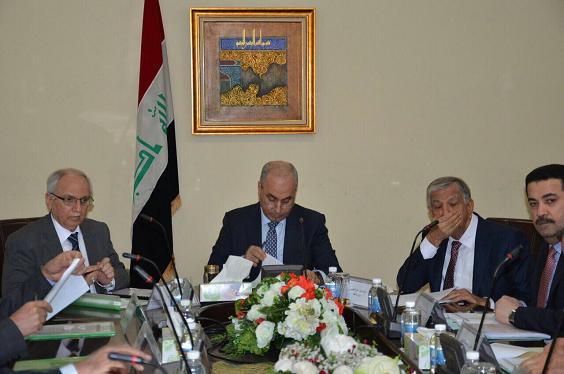 لجنة الشؤون الاقتصادية الوزارية العراقية  تقرر منع دخول منتجات الانابيب البلاستيكية وعدم تمويل اي عقد لاستيراد مواد او اجهزة تصنع في داخل العراق
