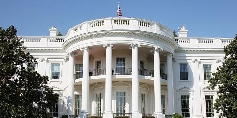 البيت الأبيض ينشر نسخة من الموازنة تتضمن خططا للتخلص من العجز مايو المقبل
