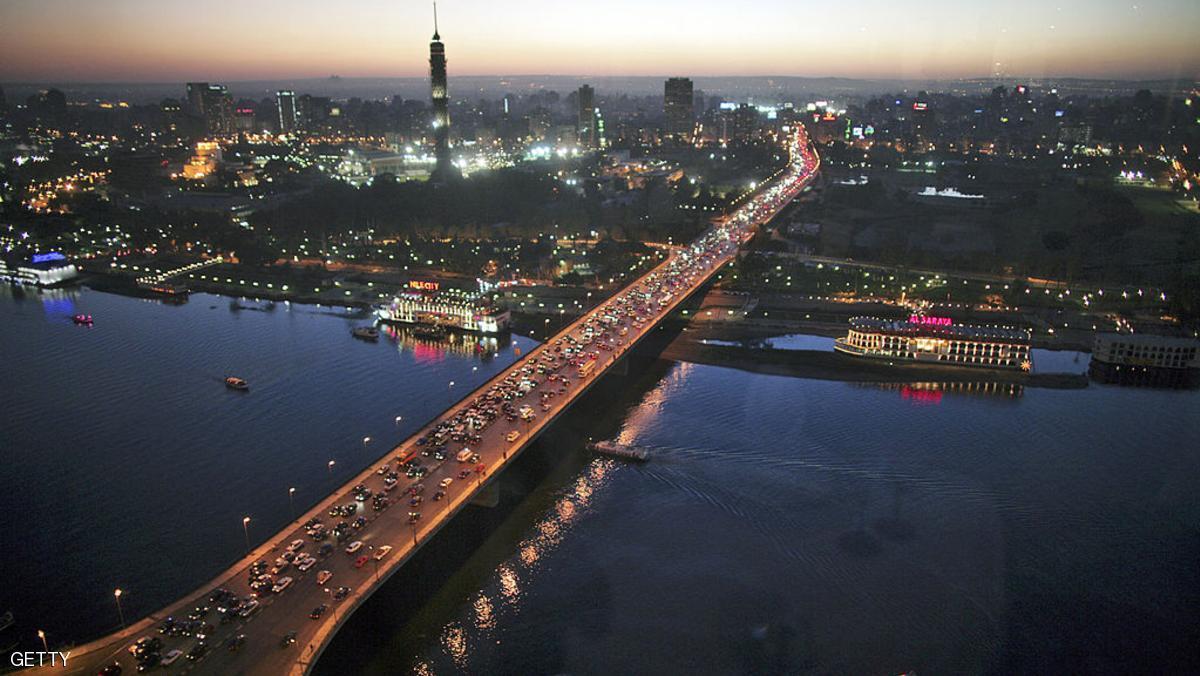 """استقرار الجنيه """"مؤشر إيجابي"""" لقطاع العقارات بمصر"""
