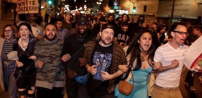 صدامات خلال تظاهرة مؤيدة لترامب في كاليفورنيا