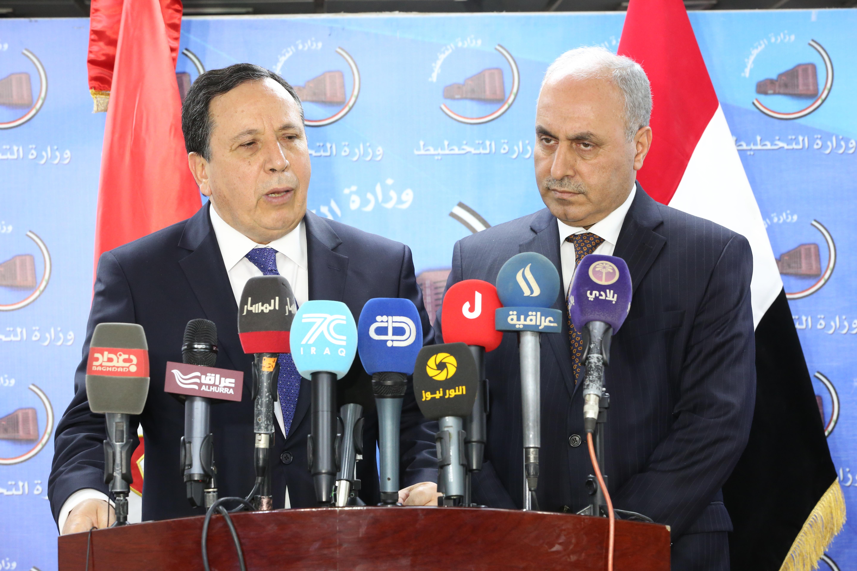 وزير التخطيط العراقي  يبحث مع  وزير الشؤون الخارجية التونسي تعزيز التعاون الاقتصادي والتجاري بين البلدين