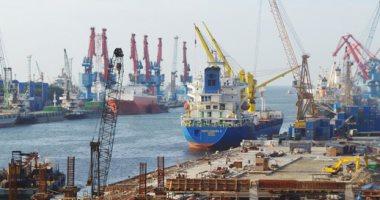 سوء الأحوال الجوية تسبب إيقاف الملاحة البحرية في ميناء جدة