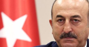 أوغلو: أنقرة تبحث إلغاء اتفاقية إعادة استقبال المهاجرين