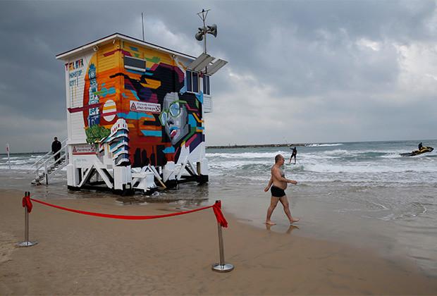 برج إنقاذ يتحول إلى فندق على الشواطئ الإسرائيلية!