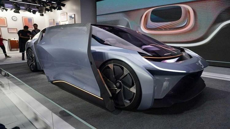 الصين تطرح تصميما لسيارة ذاتية القيادة مزودة بسرير للنوم