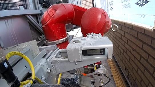 سام روبوت يبني المنازل 6 مرات أسرع من البشر ويعرض ملايين الوظائف للخطر