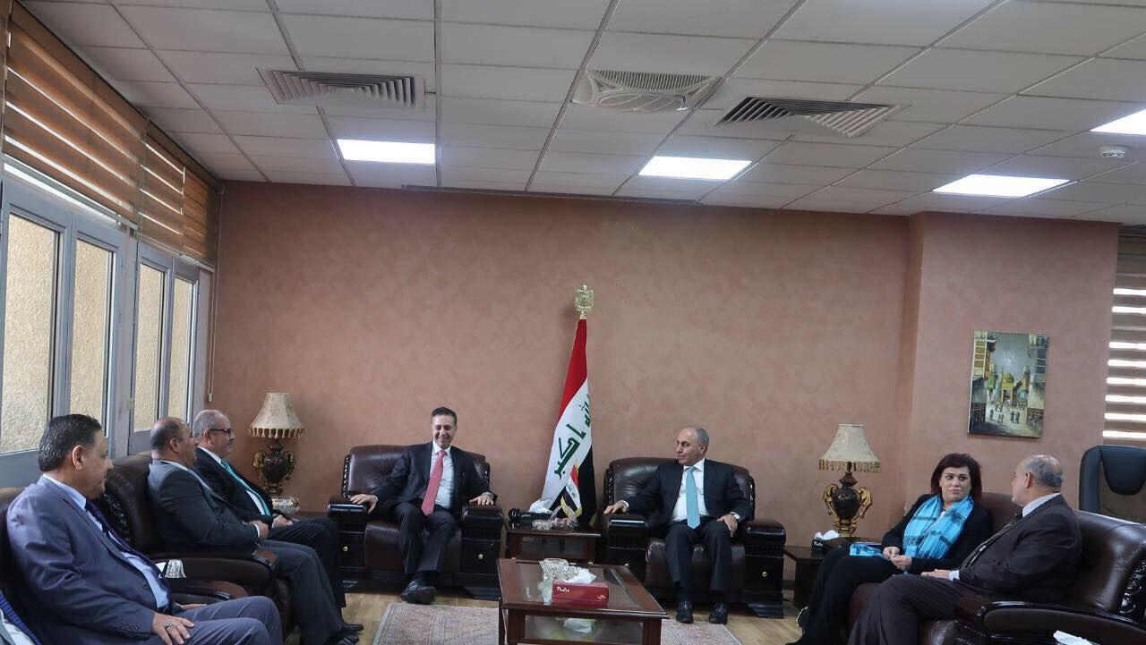 وزير التخطيط  والتجارة العراقي يستقبل نظيره الاردني ويبحث معه تطوير منفذ طربيل الحدودي