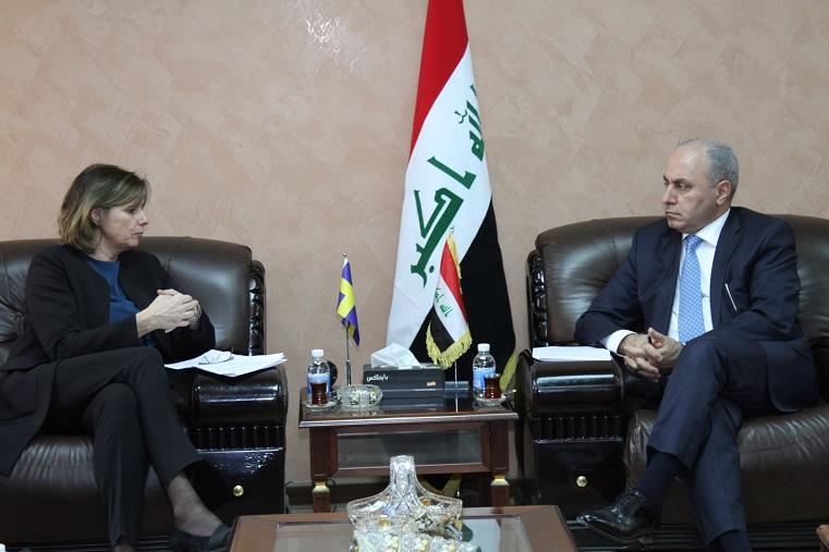 وزير التخطيط العراقي  يبحث مع نائبة رئيس الوزراء السويدي  العلاقات الثنائية وإعادة اعمار المناطق المحررة