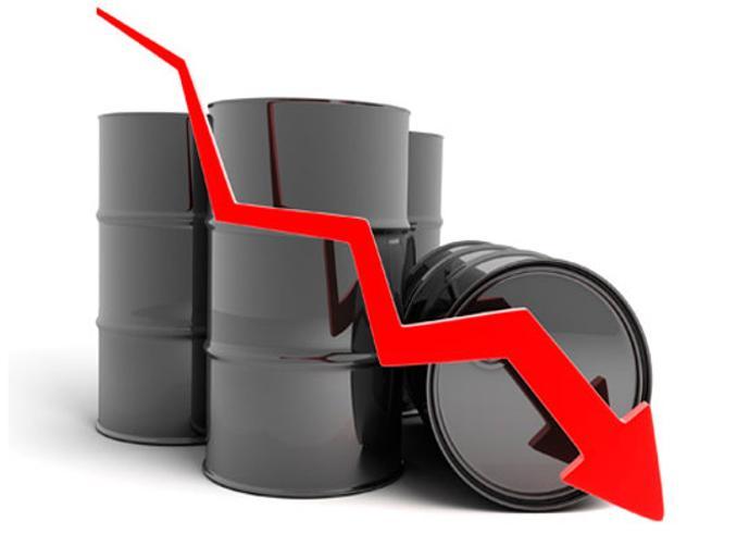 هبوط أسعار النفط بسبب زيادة عدد حفارات النفط في أمريكا