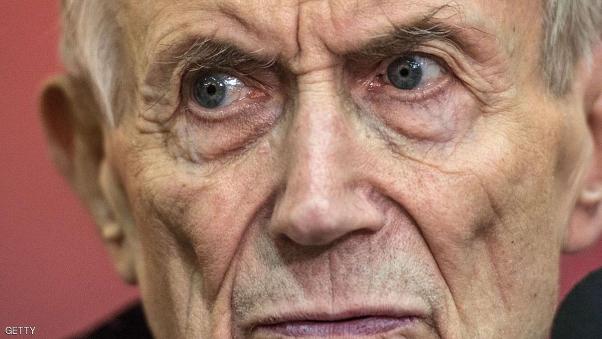 وفاة الشاعر والأديب الروسي يفتشينكو عن عمر يناهز 85 عاما