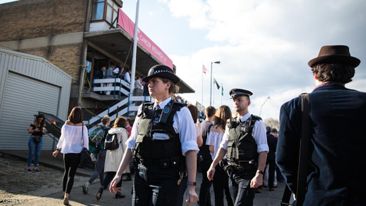 استجواب أشخاص في هجوم وحشي على طالب لجوء ببريطانيا