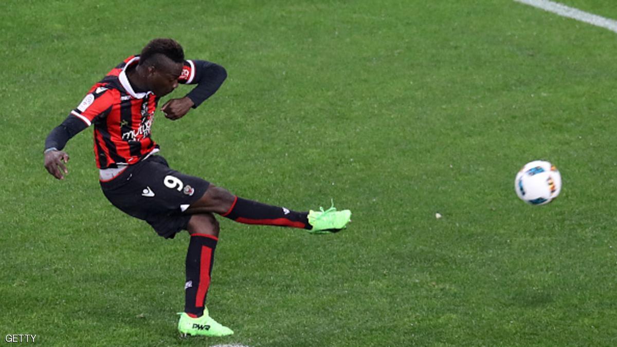 نيس يواصل معاركه على لقب الدوري الفرنسي