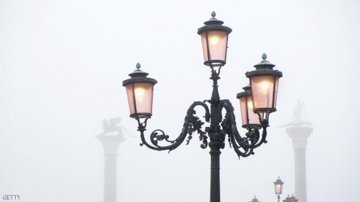 مصابيح ليد الموفرة تضئ شوارع روما