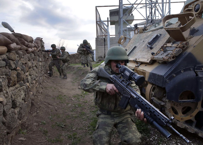 الناتو يشكك في قدرات الجيش التركي