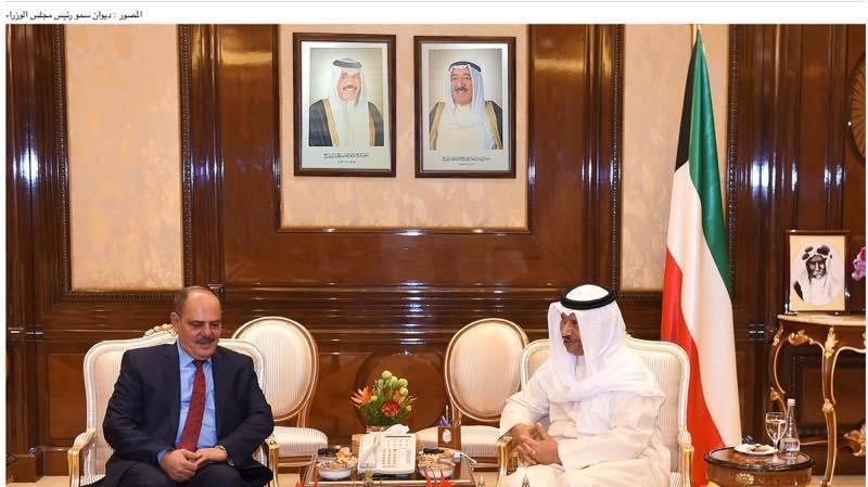 رئيس الوزراء الكويتي يشيد خلال لقائه رئيس اتحاد الصحفيين العرب مؤيد اللامي