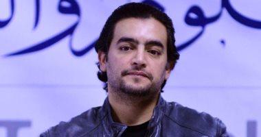 هاني سلامة يصور مشاهد طاقة نور في حارة  استوديو مصر