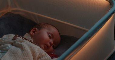 تطوير سرير ذكي لمساعدة الرضع على النوم