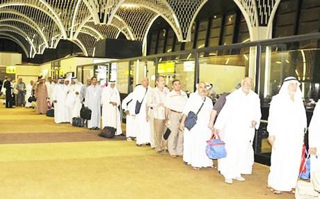 بعثة الحج: 11683 حاجا وفدوا للديار المقدسة عبر 40 رحلة جوية و103 حافلات برية