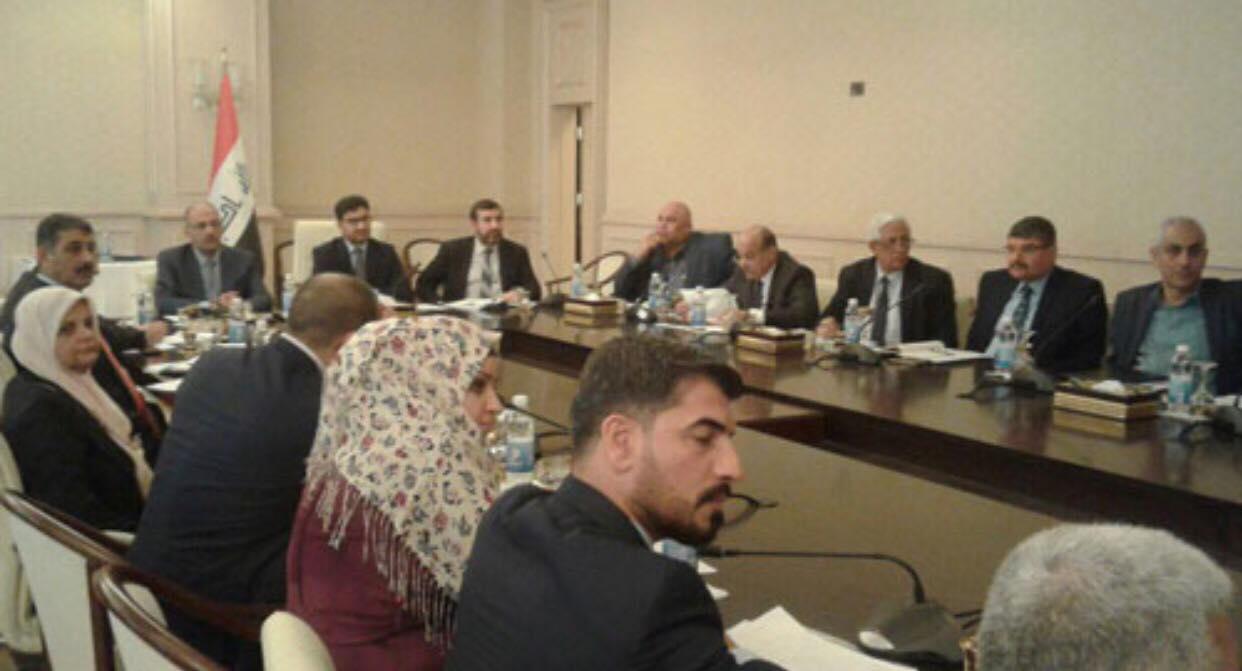 الأمانة العامة لمجلس الوزراء تناقش مع الجهات ذات العلاقة الية تنظيم رواتب العاملين في المؤسسات الحكومية