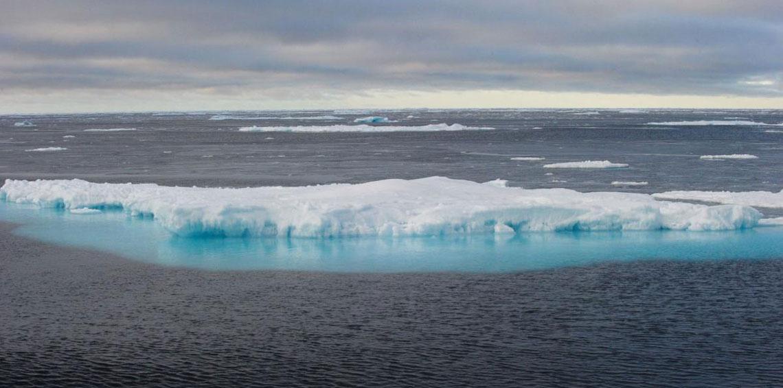 الصين تبدأ ببناء أول سفينة سياحية لاستكشاف القطب الشمالي