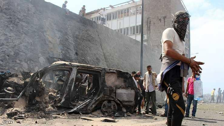 قتلى وجرحى في تفجير استهدف مقر امني في عدن