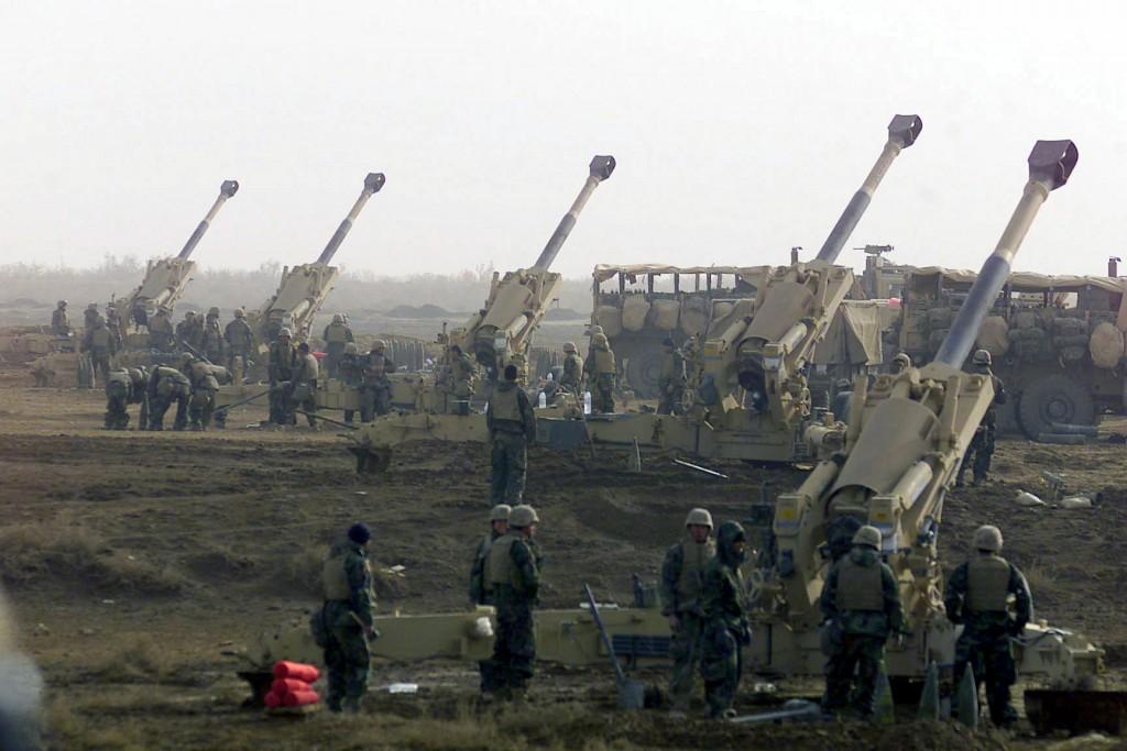 """مدفعية الحشد تخرّج """"دورة البطرية النموذجية"""" الشاملة لسياقات ضبط النار الرسمية"""