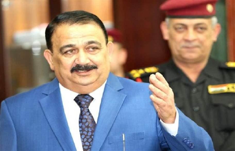 وزير الدفاع يغادر بغداد متوجهاً إلى بريطانيا