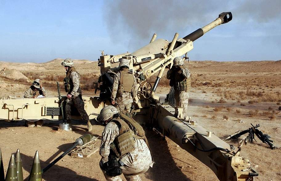 قصف جوي ومدفعي لاستهداف الدواعش في قرية بالقرب من القيارة