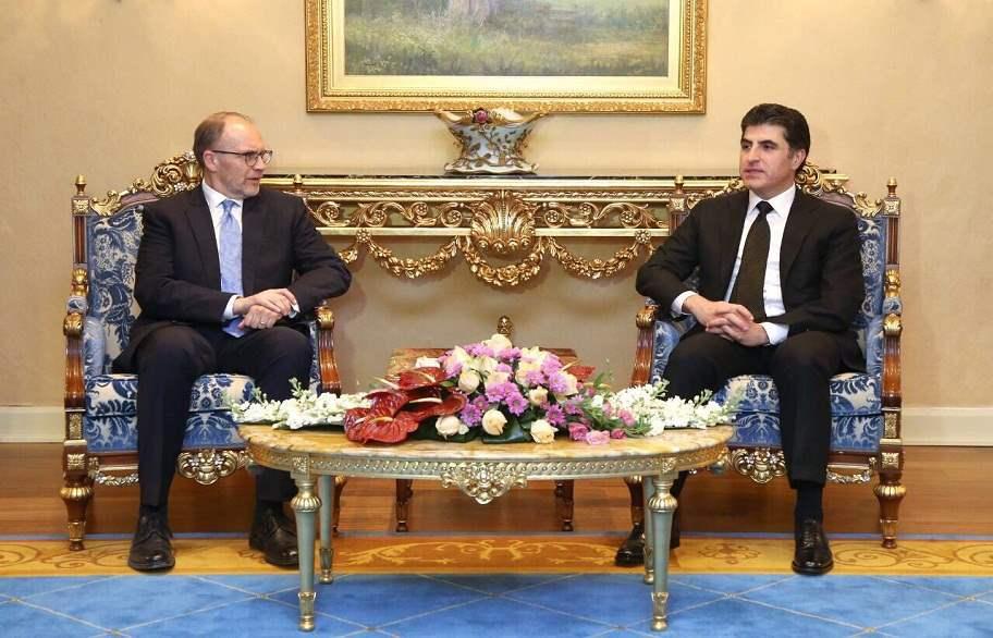 بارزاني يبحث مع السفير الأمريكي تطورات عملية الحوار بين بغداد وأربيل