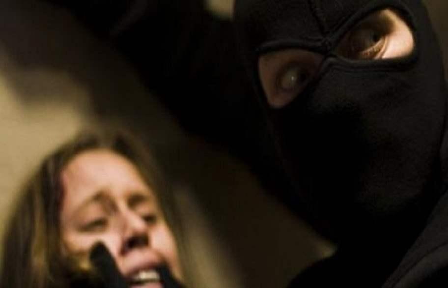 تحرير فتاة مختطفة وإلقاء القبض على خاطفيها في كربلاء