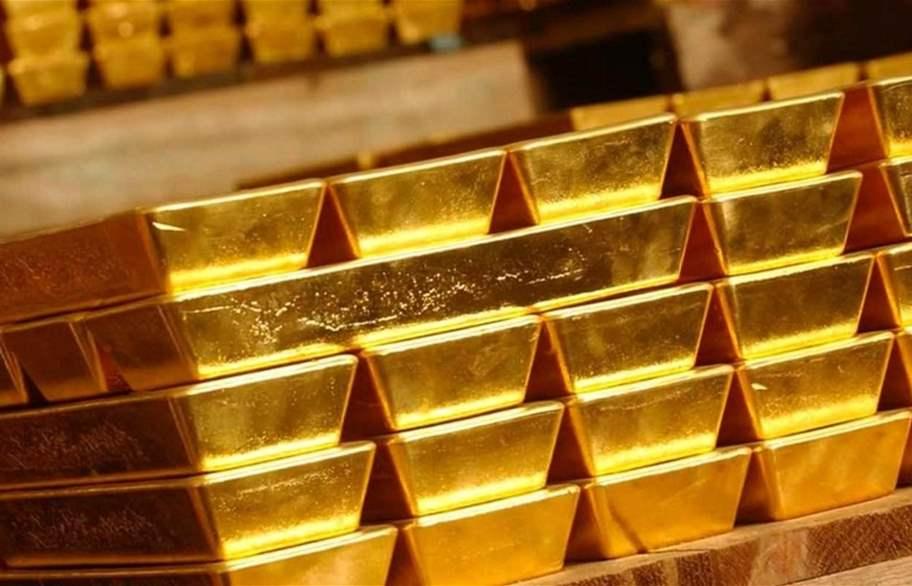 استقرار الذهب عند أعلى مستوى في أسبوعين مع انخفاض الدولار