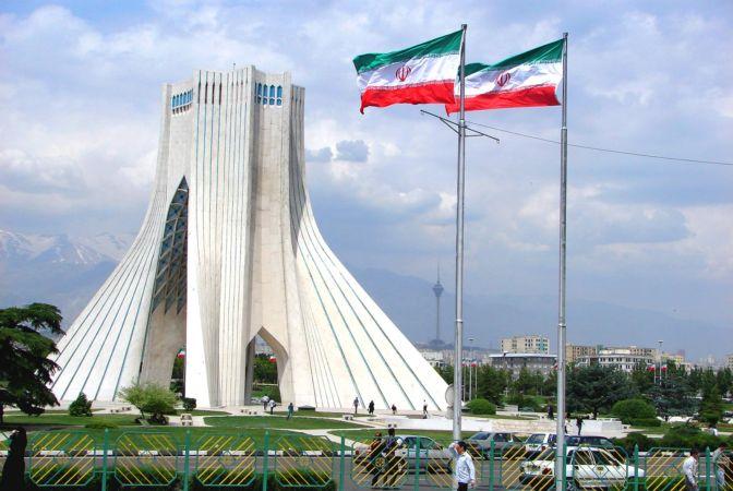 احتمالات قد تلجأ إليها طهران إذا انسحبت واشنطن من الاتفاق النووي