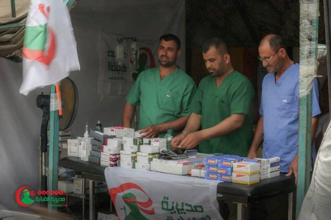 بالصور .. مفارز طبابة الحشد الشعبي تقدم خدماتها الطبية لزائري الامام الكاظم (ع)