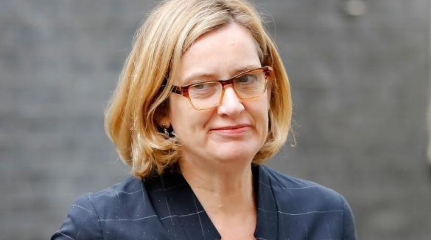 بالوثيقة.. إستقالة وزيرة الداخلية البريطانية بسبب ترحيل لاجئين