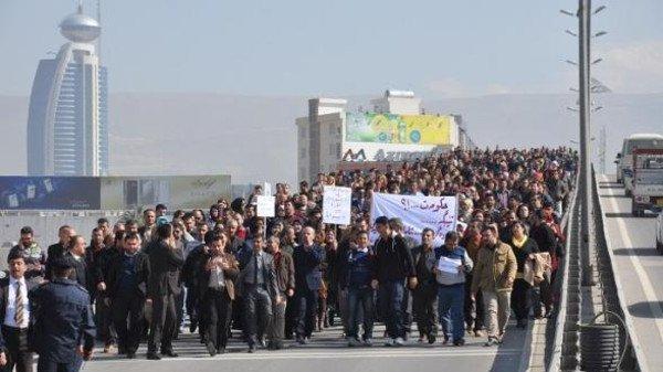 تجدد التظاهرات في السليمانية وقطع للطرق امام محكمة المحافظة