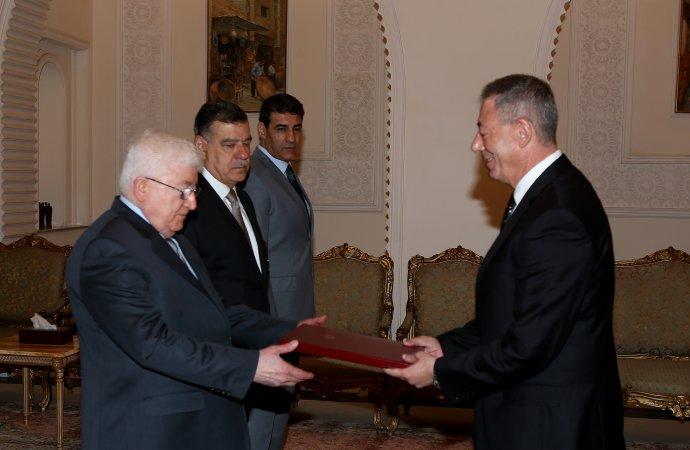 معصوم يتسلم أوراق اعتماد السفير الأردني الجديد