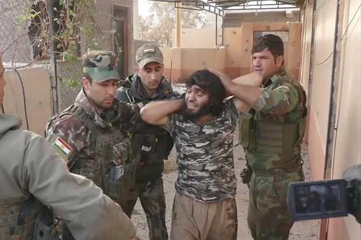 """القاء القبض على مسؤول """"ديوان العشائر"""" لداعش جنوب الموصل"""
