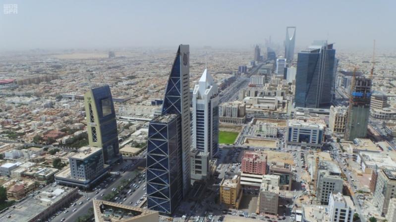 الاعلام السعودي: اعتراض صاروخين بالستيين في سماء الرياض
