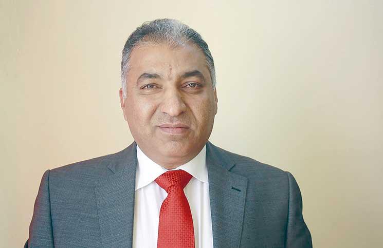 قوة امنية تعتقل جاسم الحلفي وسط بغداد