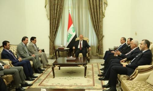 العبادي يبحث مع وفد الديمقراطي الكردستاني تسريع تشكيل الحكومة المقبلة