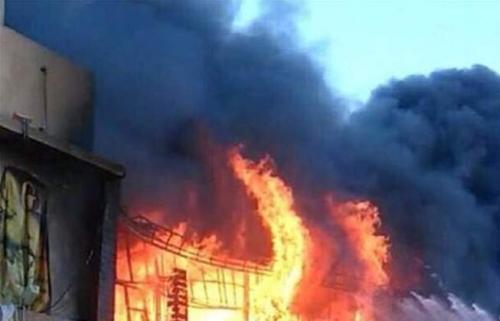 اخماد حريق اندلع في مخازن للزيوت في النعيرية ببغداد