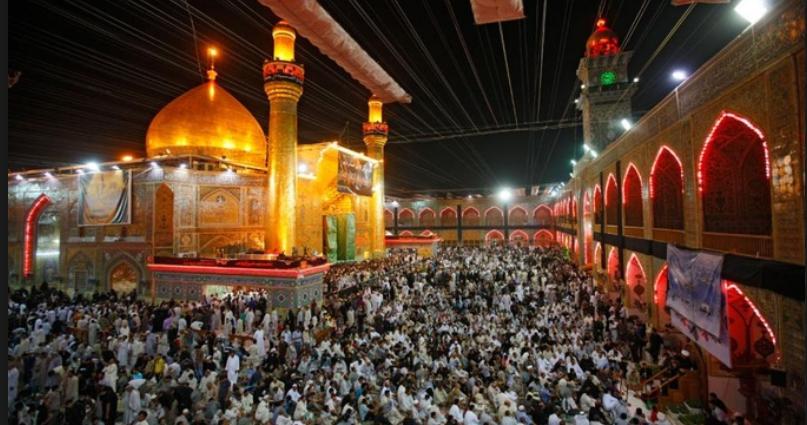 المؤمنون يحييون ذكرى استشهاد الإمام علي {ع} في النجف الأشرف