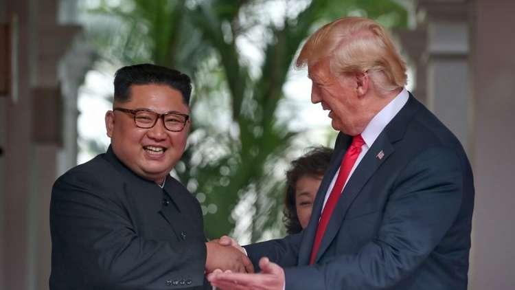 """باريس: ترامب خاصم حلفاءه ومضى يعانق """"دكتاتور"""" كوريا الشمالية!"""