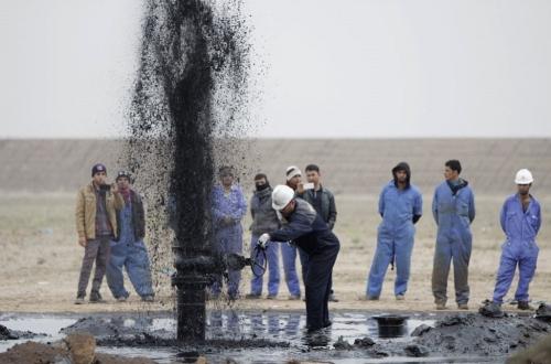 العراق يبيع نفطاً بأكثر من 7.5 مليارات دولار في آيار