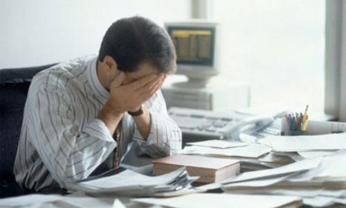 دراسة: الرجال أكثر عرضة للوفاة من النساء للضغط العصبي في العمل