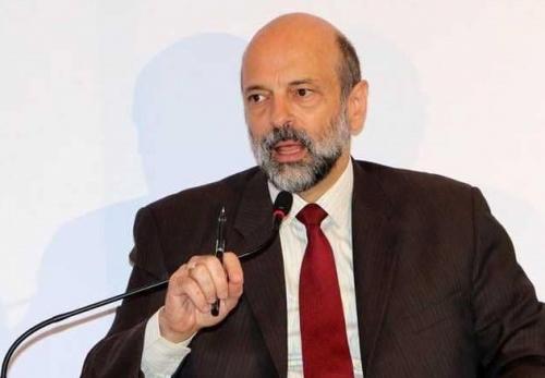الرزاز: قانون الضرائب الأردني لم يدرس بالقدر الكافي